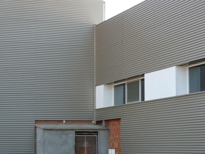 Fachadas metalicas ventiladas silgar fachadas for Fachada aluminio